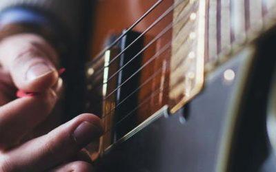 Guitare moderne et guitare basse